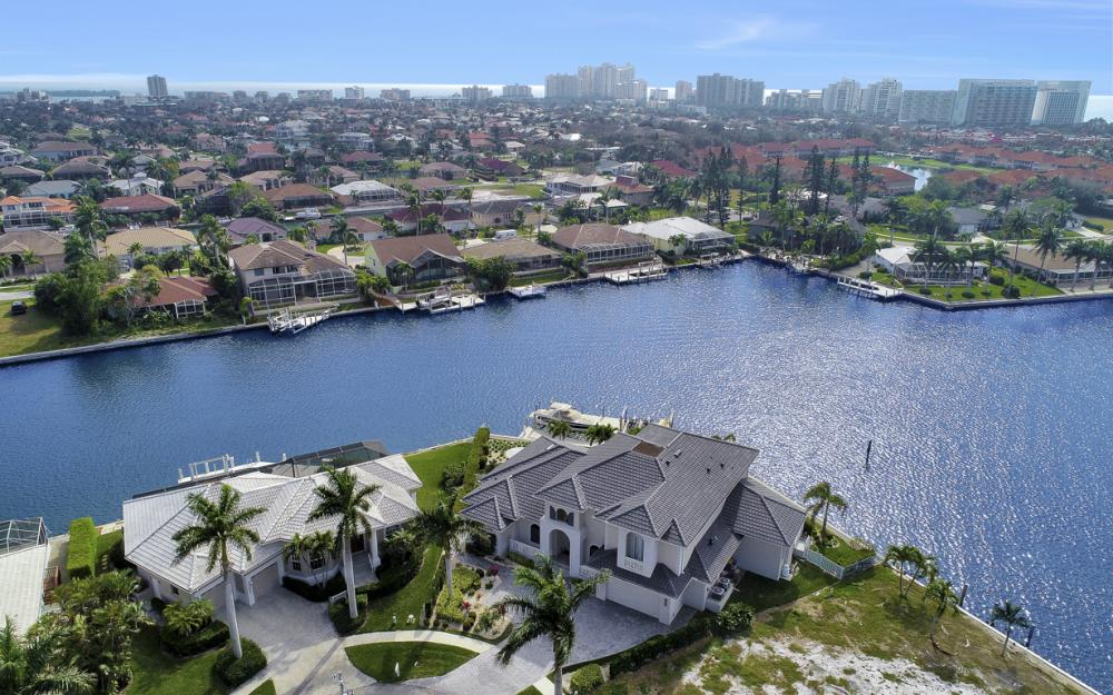 499 Adirondack Ct, Marco Island - Home For Sale 452398026