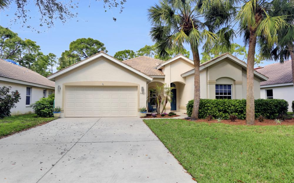 6601 Autumn Woods Blvd, Naples - Home For Sale 549283315