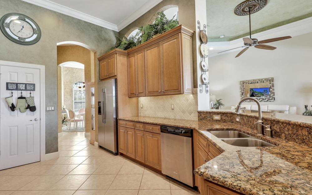11941 Heather Woods Ct, Naples - Home For Sale 513169183