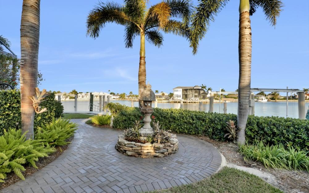 511 Antilles Ct, Marco Island - Home For Sale 164970209