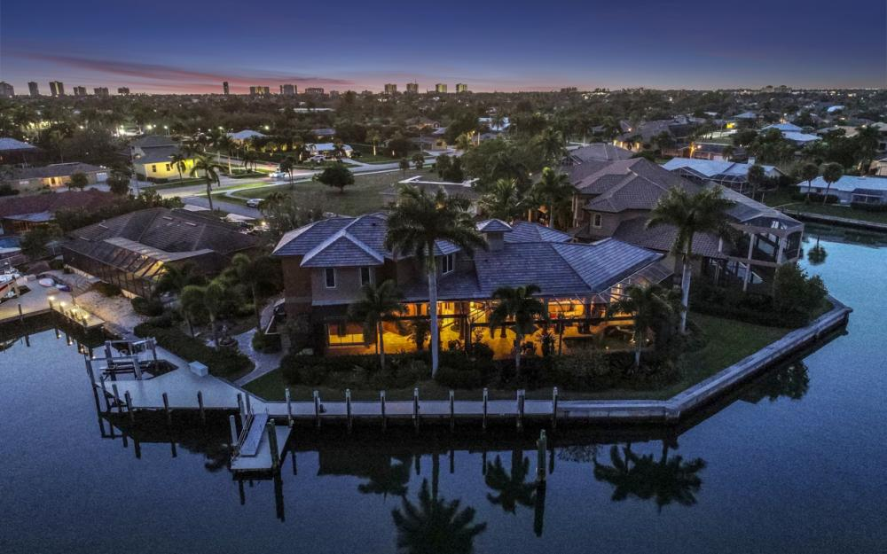 511 Antilles Ct, Marco Island - Home For Sale 1135398758