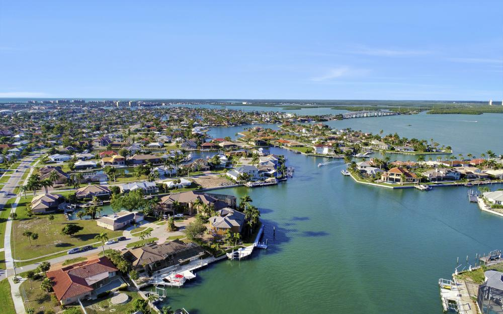 511 Antilles Ct, Marco Island - Home For Sale 201732018