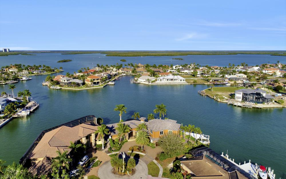 511 Antilles Ct, Marco Island - Home For Sale 275291810