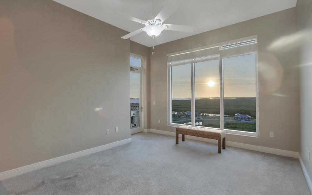 6081 Silver King Blvd PH# 1202, Cape Coral - Penthouse For Sale 2040967506