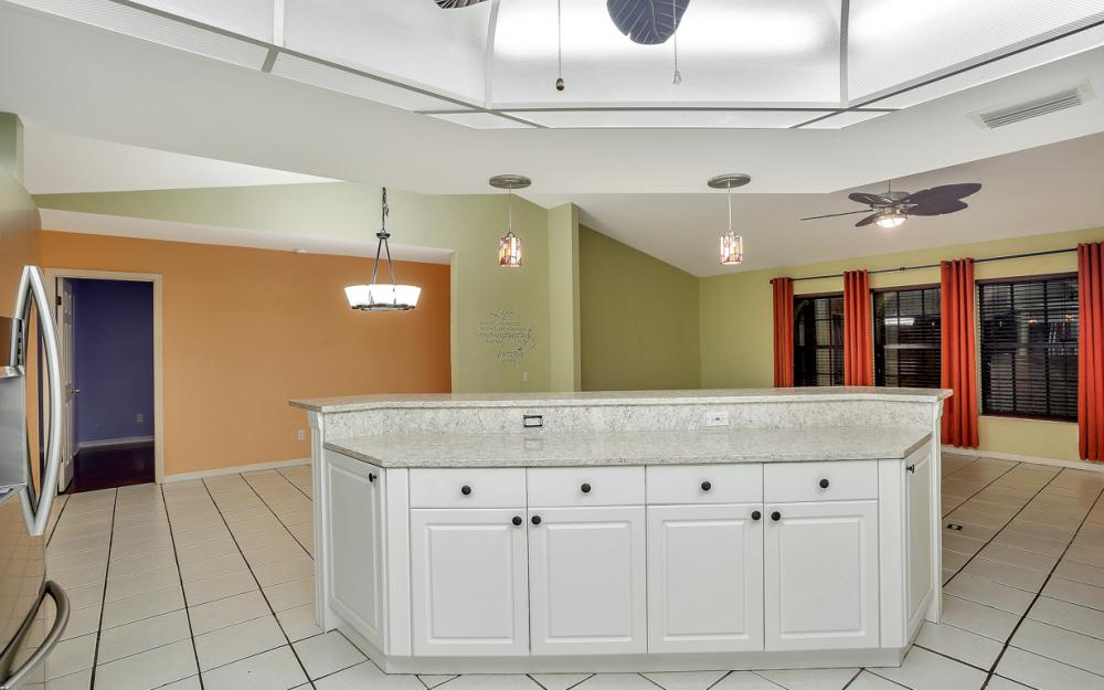 1322 SE 21st Ave, Cape Coral - Home For Sale 1169779318