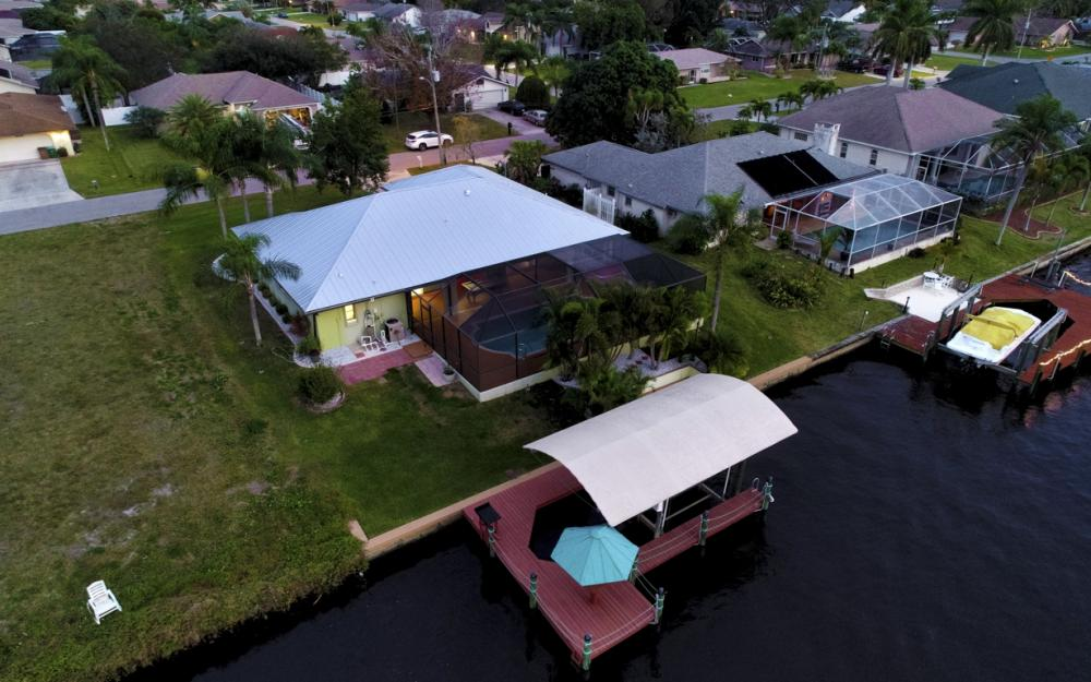 1322 SE 21st Ave, Cape Coral - Home For Sale 1976191886