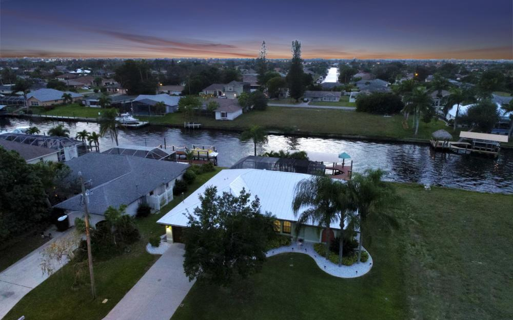 1322 SE 21st Ave, Cape Coral - Home For Sale 975040757