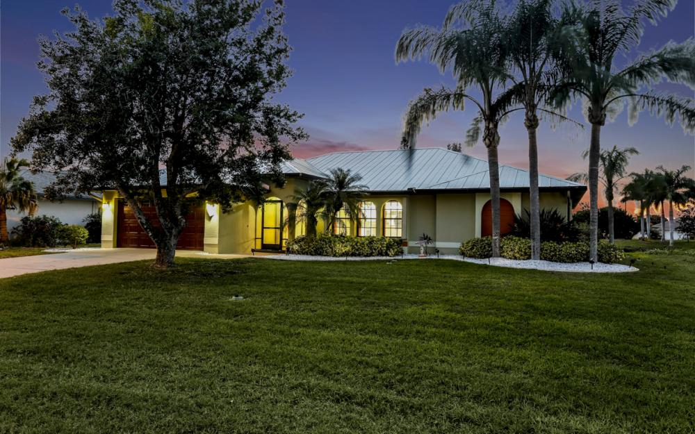1322 SE 21st Ave, Cape Coral - Home For Sale 1390559047