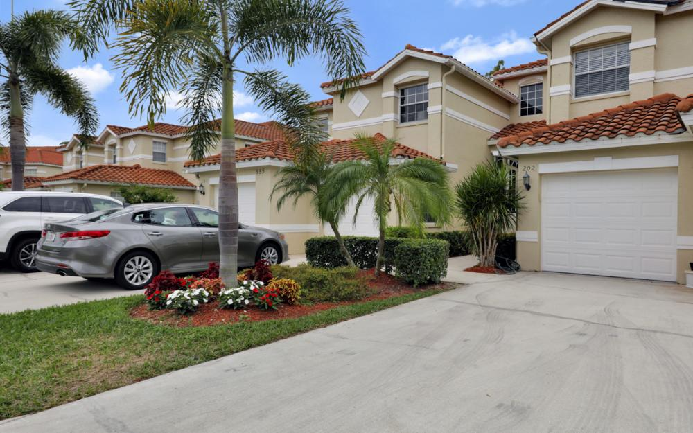 945 Eastham Way #202, Naples - Condo For Sale 1785586964