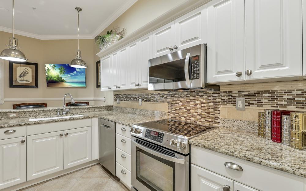 945 Eastham Way #202, Naples - Condo For Sale 234847689