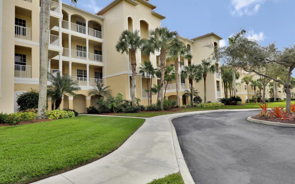 4864 Hampshire Ct #303, Naples - Condo For Sale 1491803084