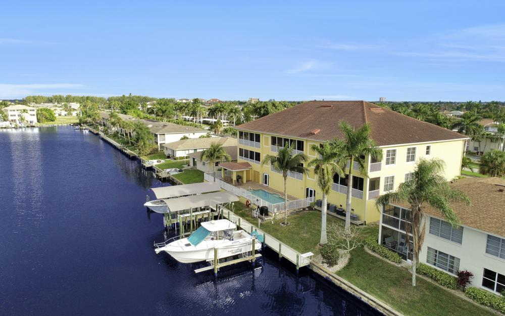 1713 Beach Pkwy #303, Cape Coral - Condo For Sale 795470249