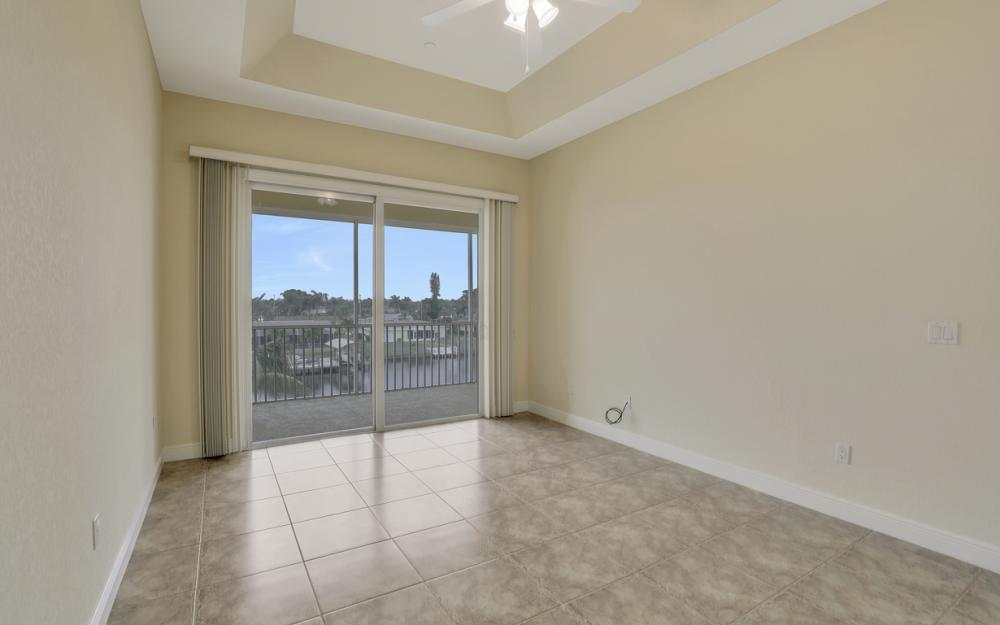 1713 Beach Pkwy #303, Cape Coral - Condo For Sale 460591832