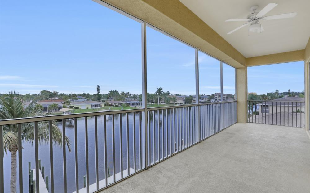 1713 Beach Pkwy #303, Cape Coral - Condo For Sale 959081049