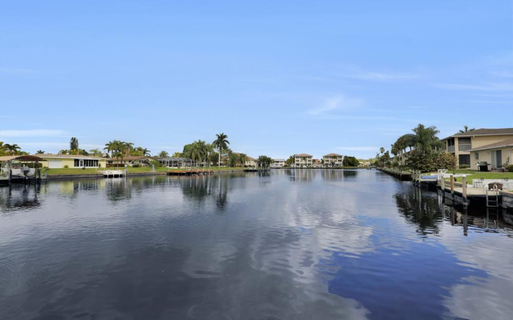 1713 Beach Pkwy #303, Cape Coral - Condo For Sale 11240388