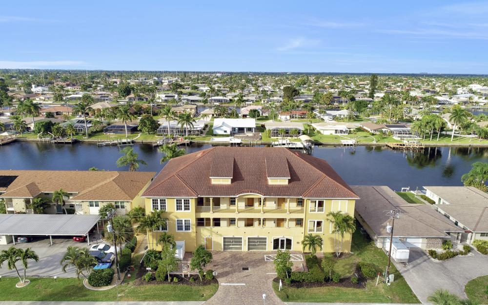 1713 Beach Pkwy #303, Cape Coral - Condo For Sale 1558662053
