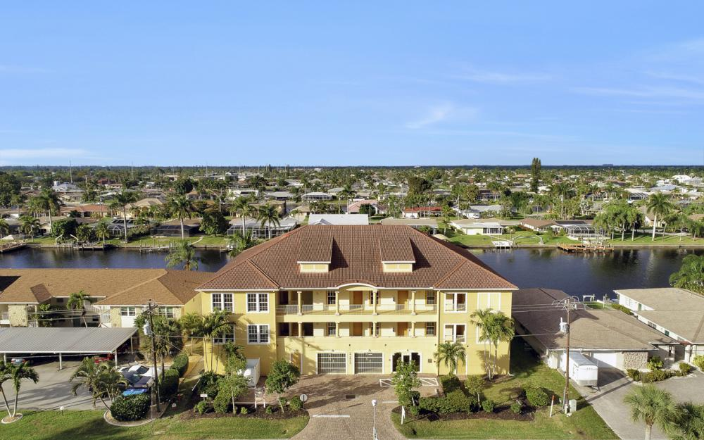 1713 Beach Pkwy #303, Cape Coral - Condo For Sale 1228679431
