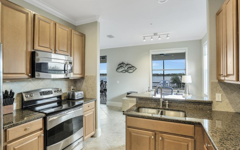 10634 Smokehouse Bay DR # 202. Naples - Condo For Sale 929679441