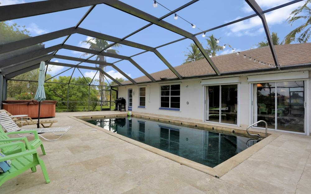 4025 Country Club Blvd, Cape Coral - Home For Sale 913456962