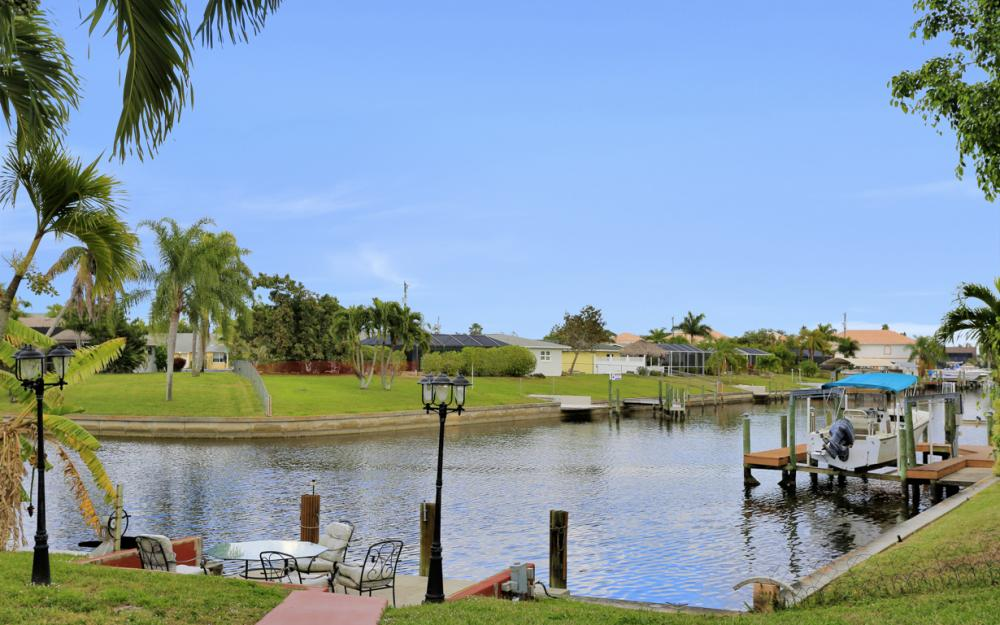 4025 Country Club Blvd, Cape Coral - Home For Sale 1506837692