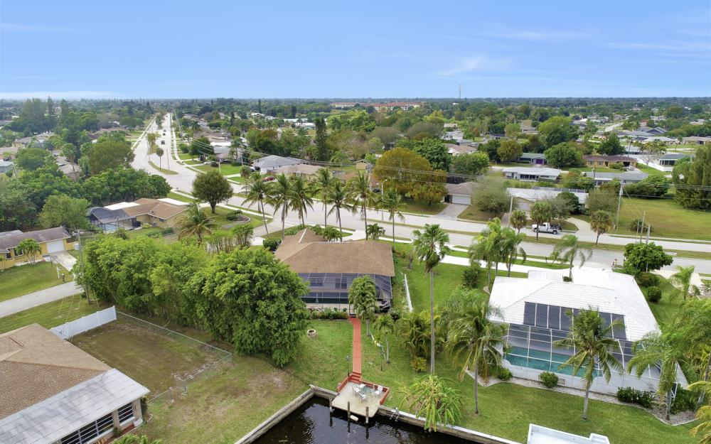 4025 Country Club Blvd, Cape Coral - Home For Sale 1637754207