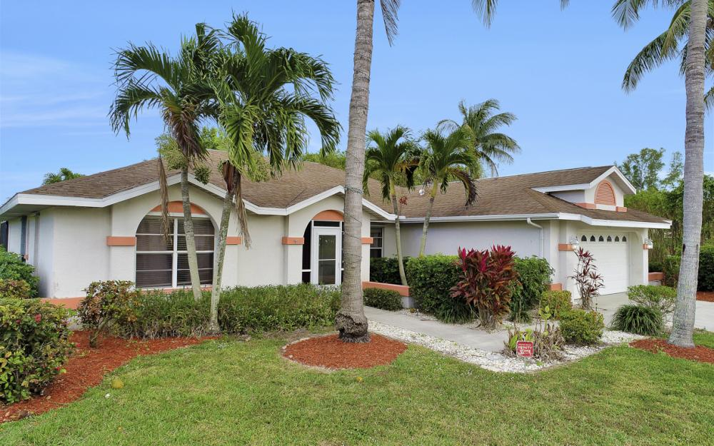 4025 Country Club Blvd, Cape Coral - Home For Sale 1668359544