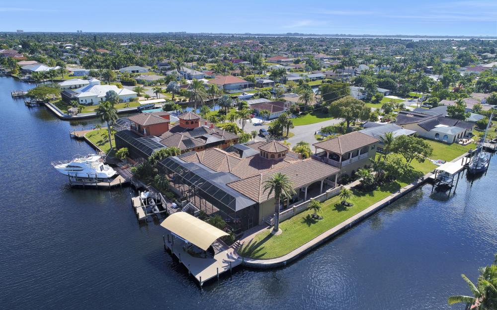 5103 SW 3rd Ave, Cape Coral - Home For Sale 106019769