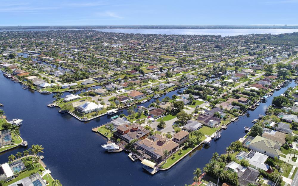 5103 SW 3rd Ave, Cape Coral - Home For Sale 253816516