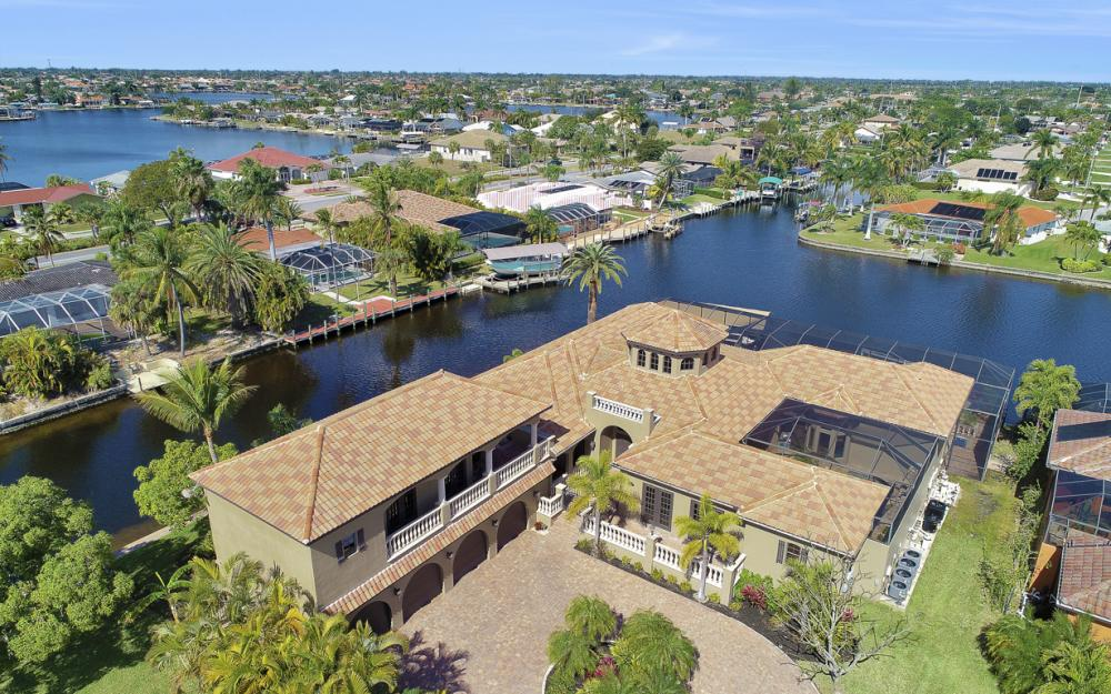 5103 SW 3rd Ave, Cape Coral - Home For Sale 1664510897