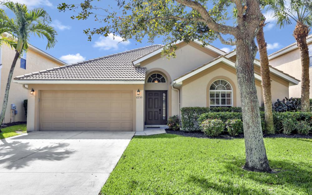 6753 Southern Oak Ct, Naples - Home For Sale 1404817999
