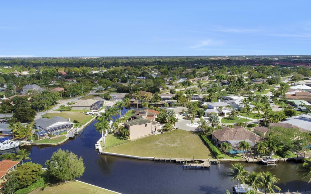 464 Keenan Ct, Fort Myers - Lot 1936838293