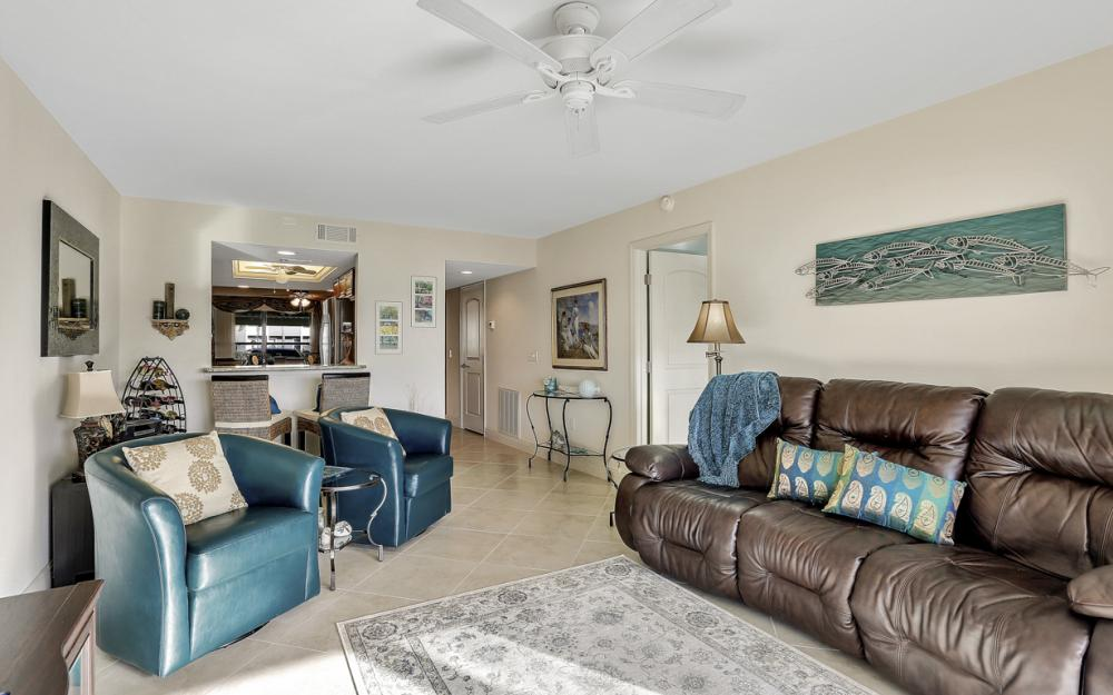4704 SW. Santa Barbara Pl #102 Cape Coral - Condo For Sale 261068075