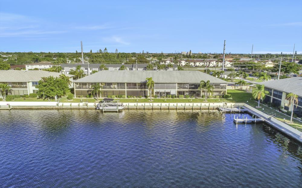4704 SW. Santa Barbara Pl #102 Cape Coral - Condo For Sale 1029104792