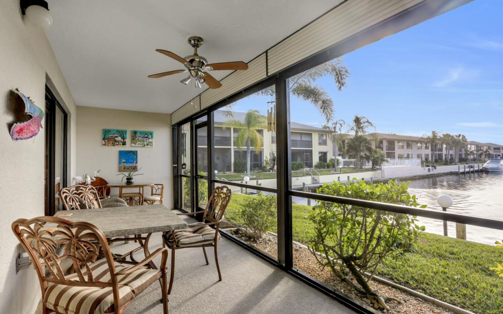 4704 SW. Santa Barbara Pl #102 Cape Coral - Condo For Sale 2067504670