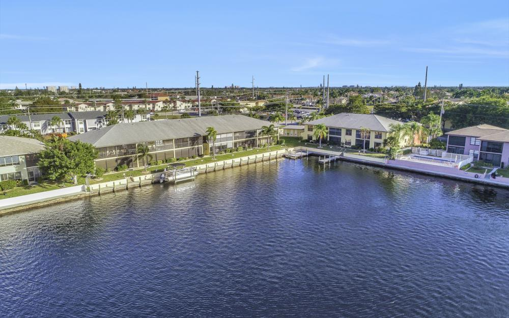 4704 SW. Santa Barbara Pl #102 Cape Coral - Condo For Sale 970542520