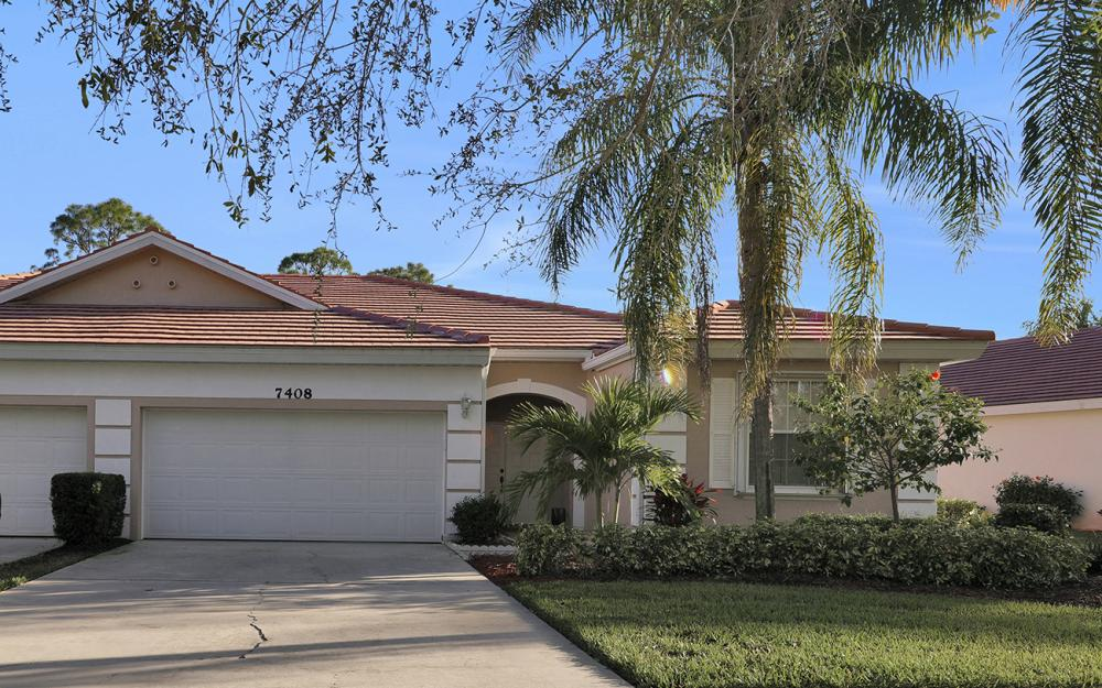7408 Berkshire Pines Dr, Naples - Home For Sale 261881095