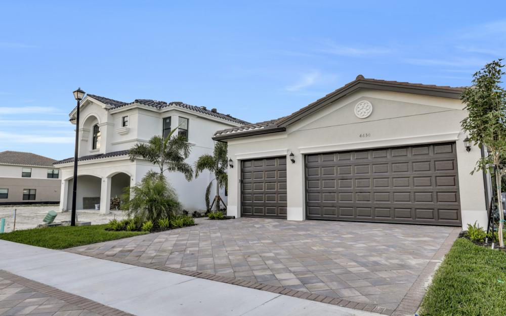 4630 Kensington Cir. Naples - Home For Sale 128079562