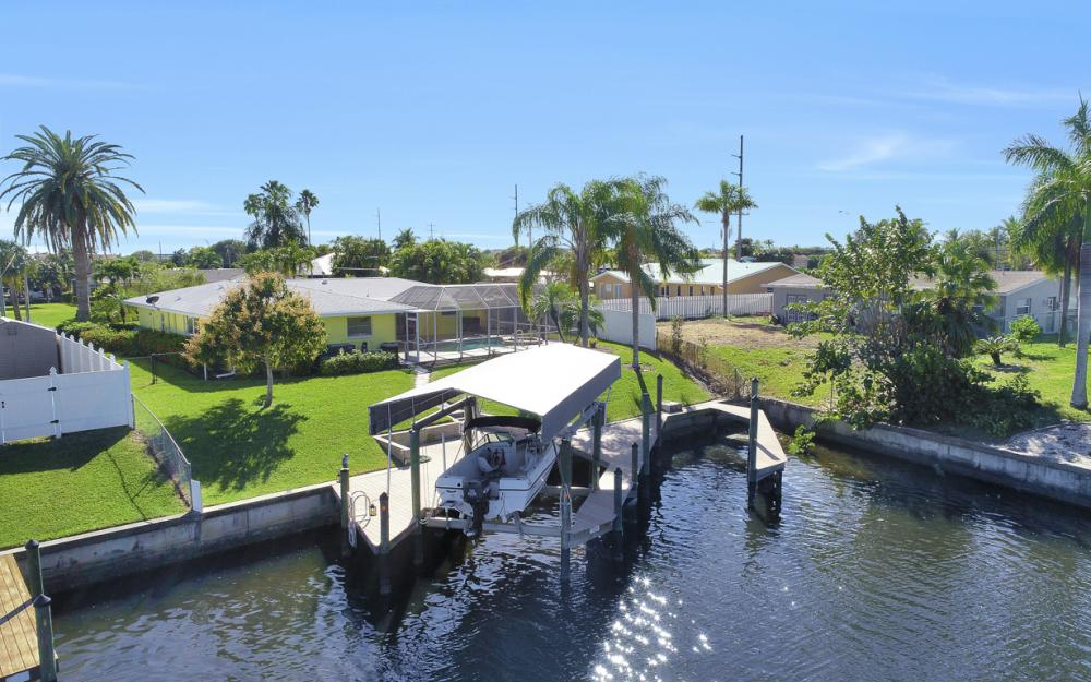 1609 SE 40th St, Cape Coral - Home For Sale 1059166851