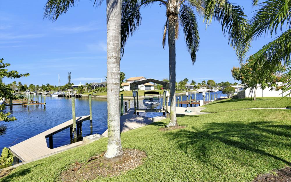 1609 SE 40th St, Cape Coral - Home For Sale 1354041043