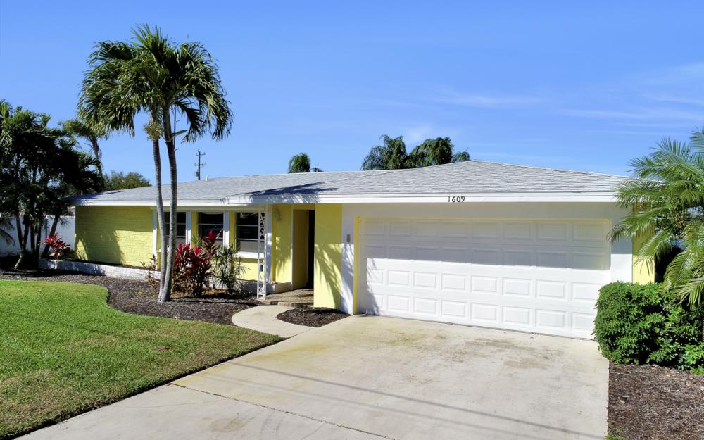 1609 SE 40th St, Cape Coral - Home For Sale 660139263