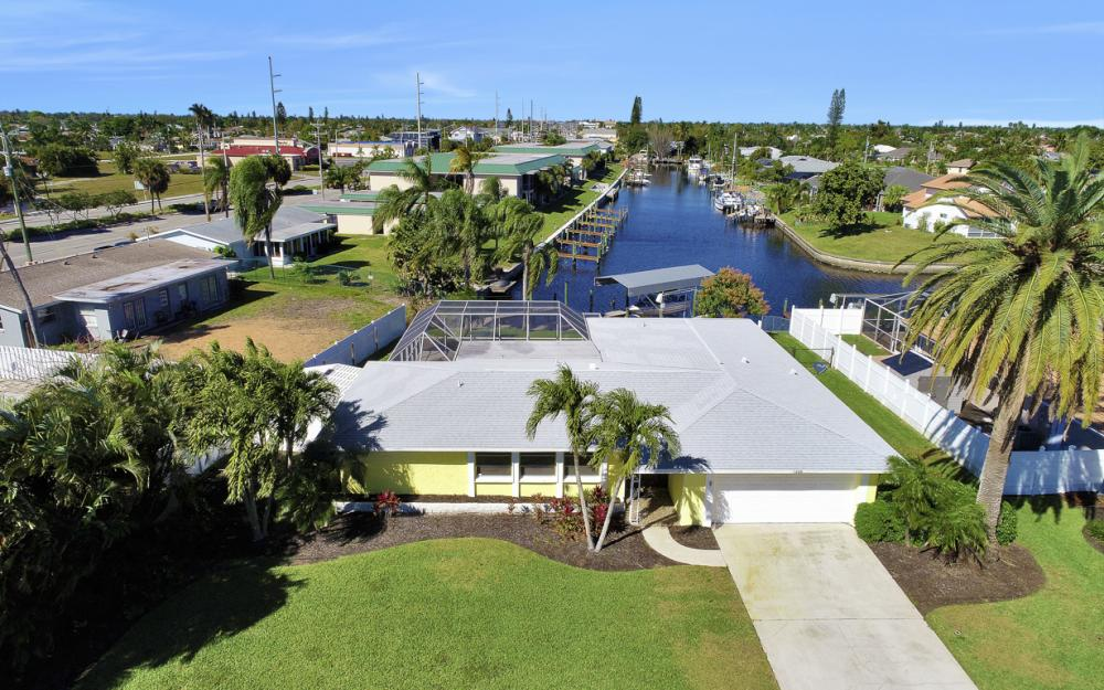 1609 SE 40th St, Cape Coral - Home For Sale 1909731750