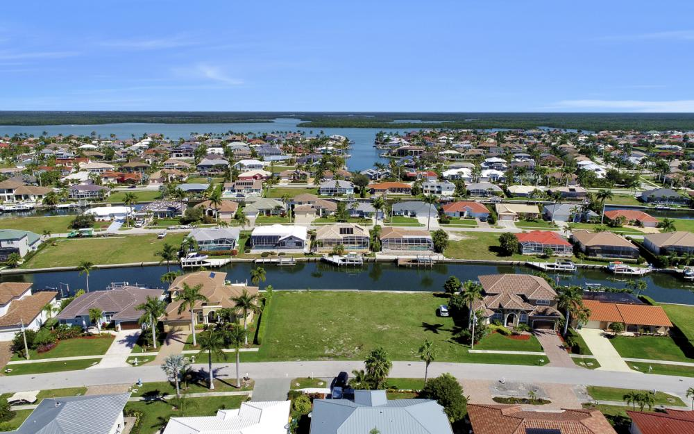 223 Seahorse Ct, Marco Island - Lot For Sale 1650059677