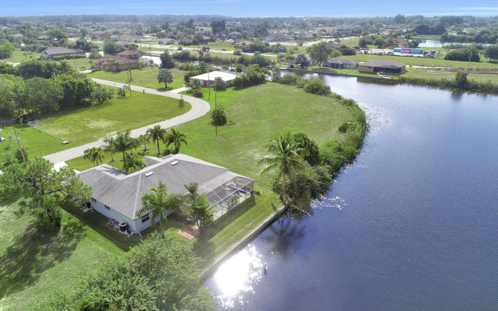 106 SW 29th Pl,Cape Coral - Home For Sale 1817140179