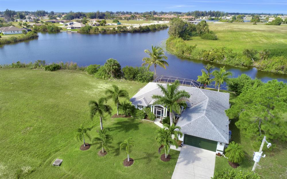 106 SW 29th Pl,Cape Coral - Home For Sale 1120433173