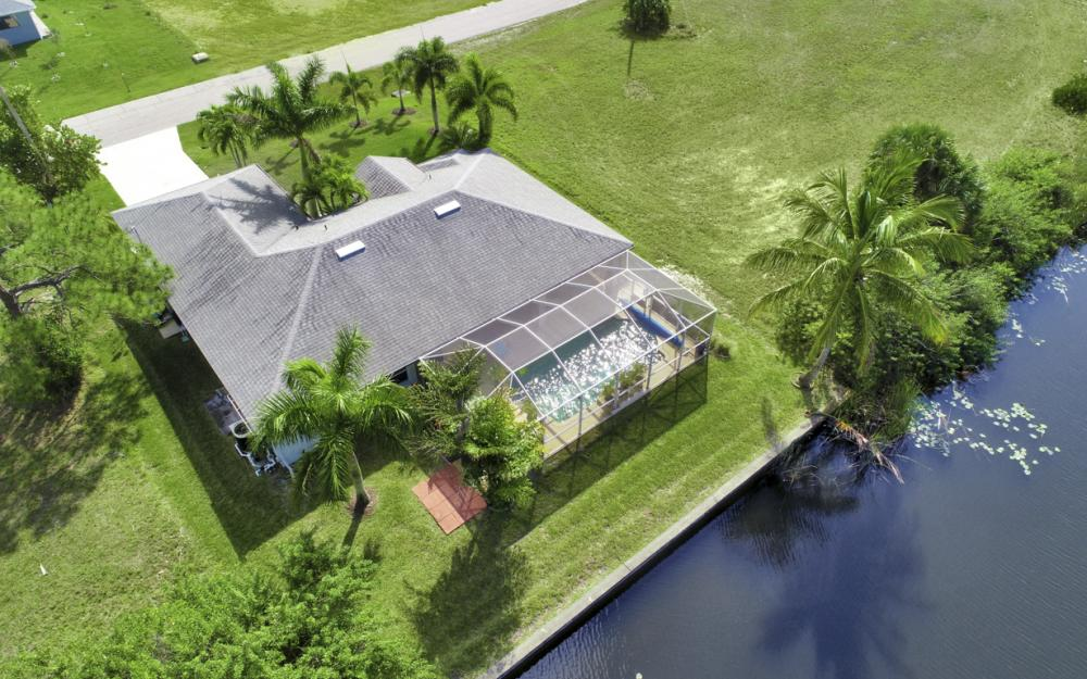 106 SW 29th Pl,Cape Coral - Home For Sale 741871297