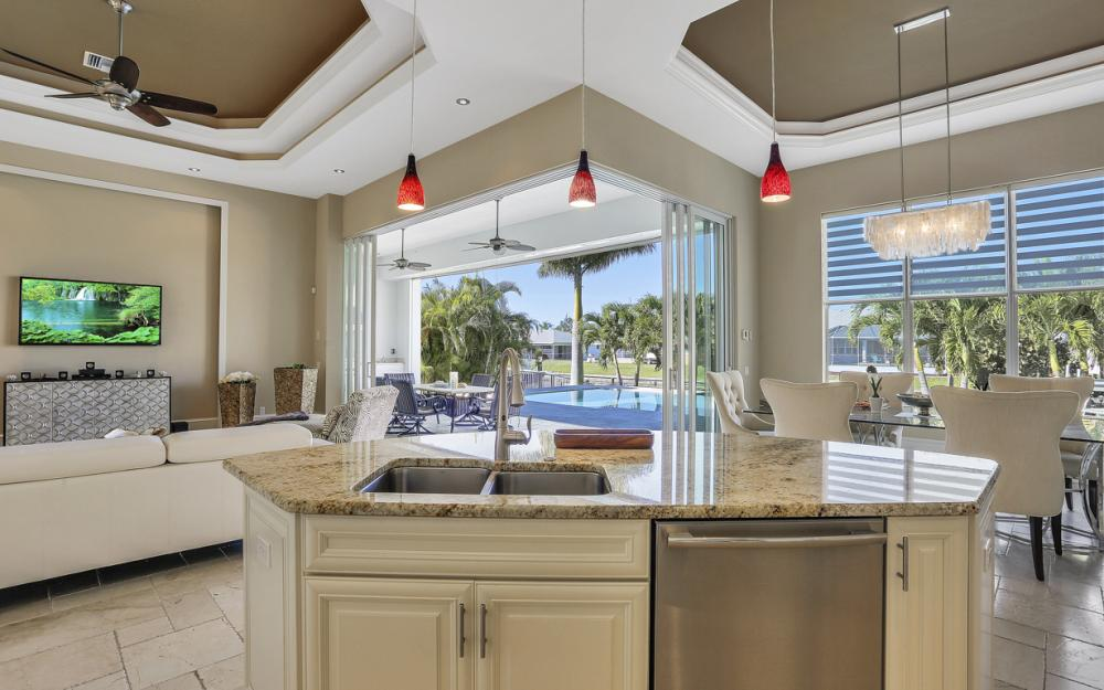 5304 SW 2nd Pl, Cape Coral - Vacation Rental 2071490869