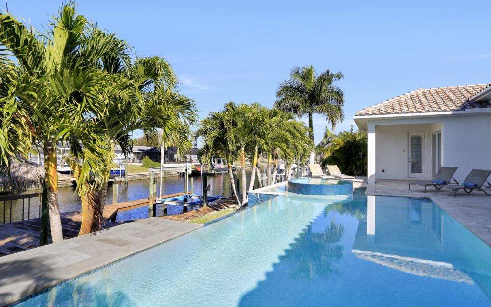 5304 SW 2nd Pl, Cape Coral - Vacation Rental 694088493