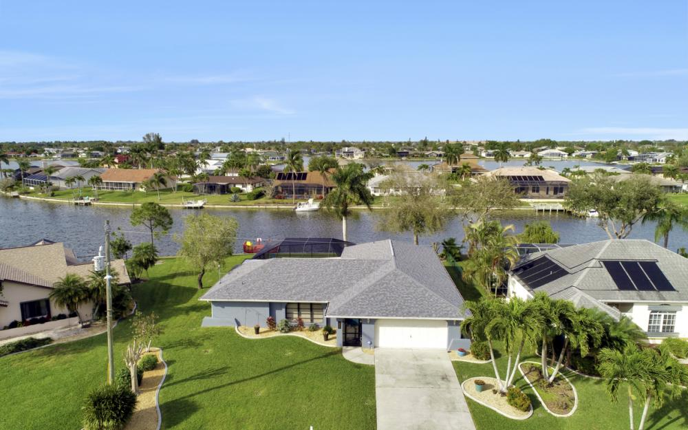1019 SE 4th St Cape Coral - Home For Sale 1136485775