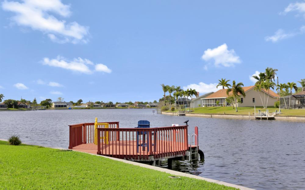 1019 SE 4th St Cape Coral - Home For Sale 2022504351