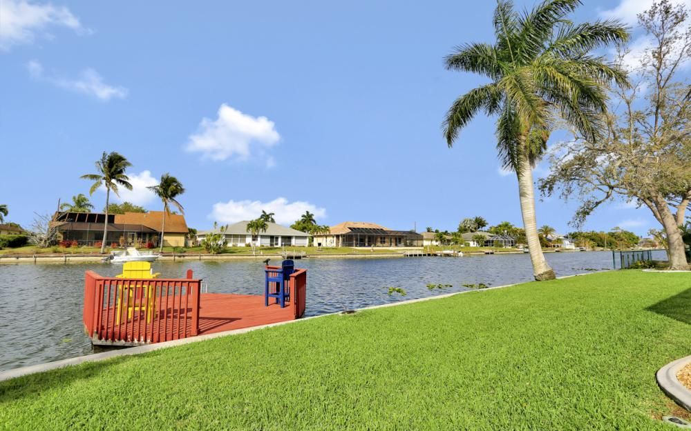 1019 SE 4th St Cape Coral - Home For Sale 373973588